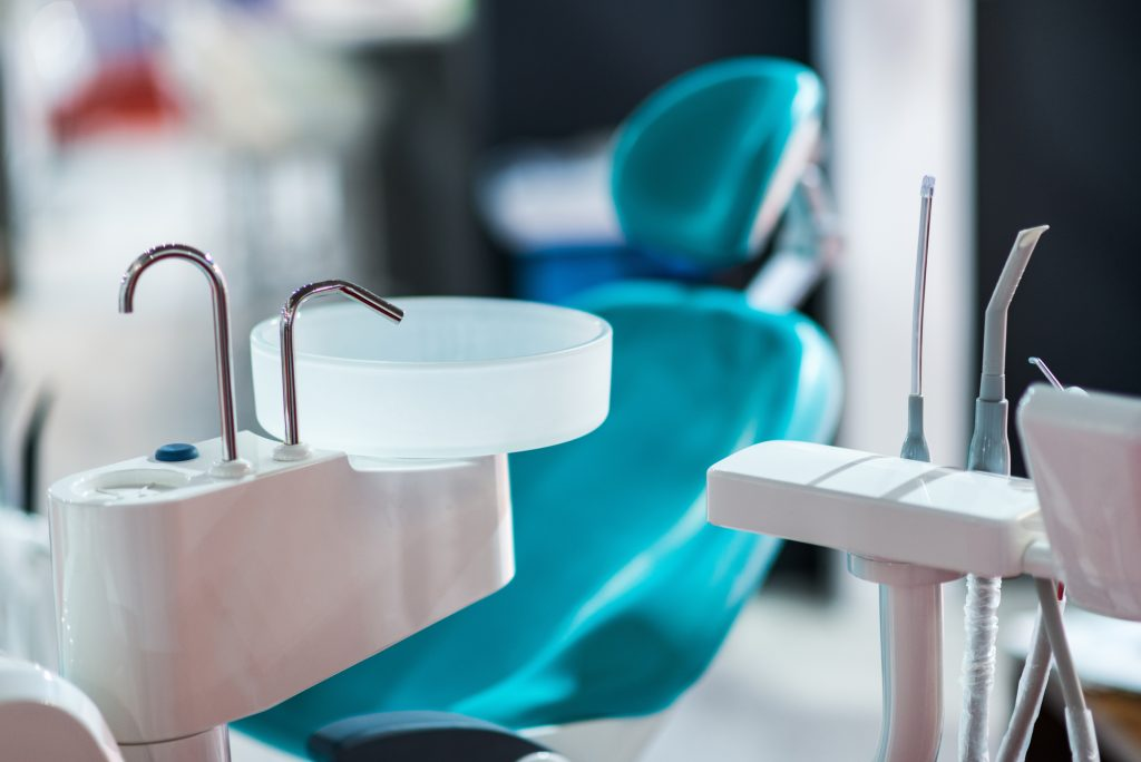 who offers good sedation dentistry miami?