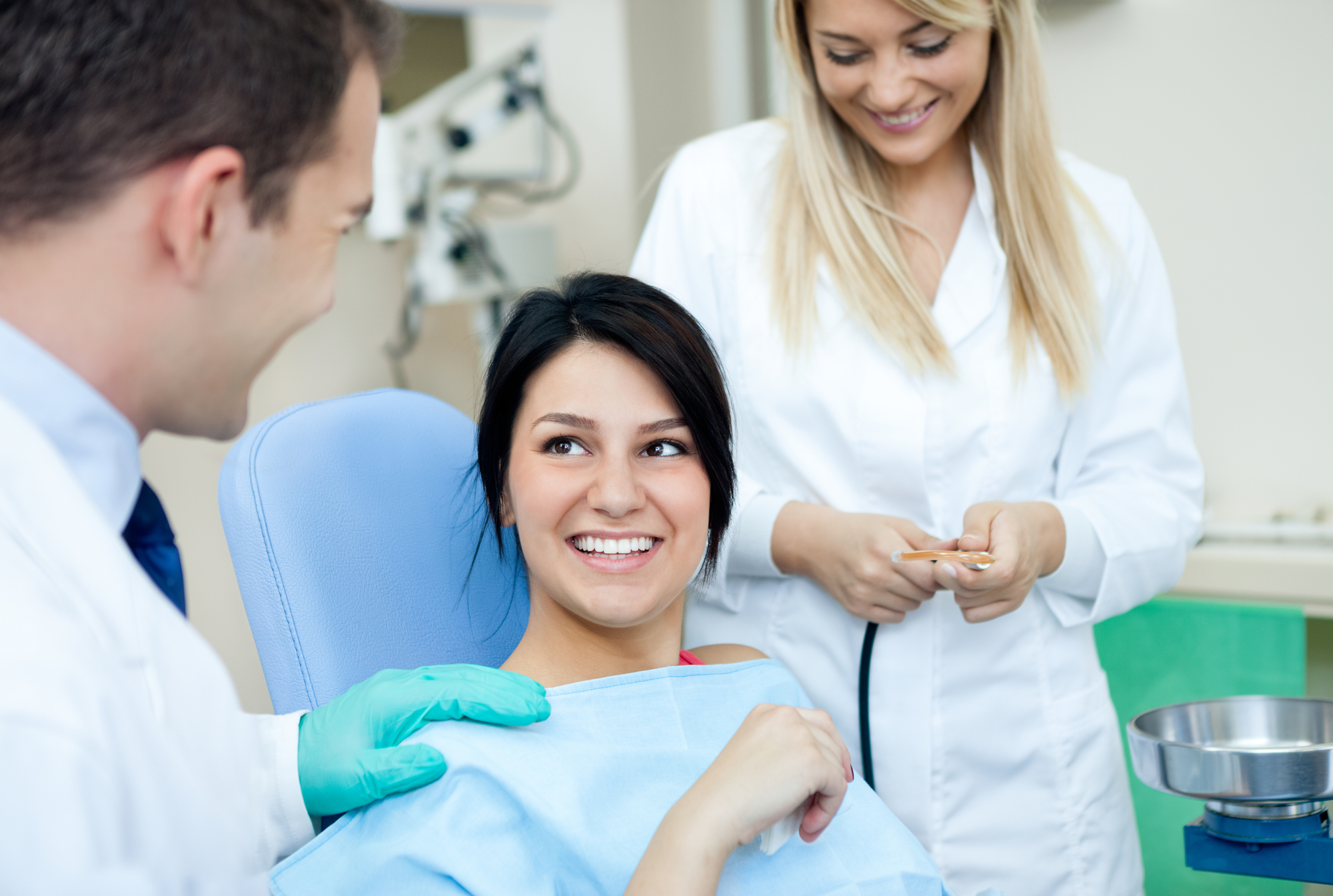 who offers the best cosmetic dentist miami?