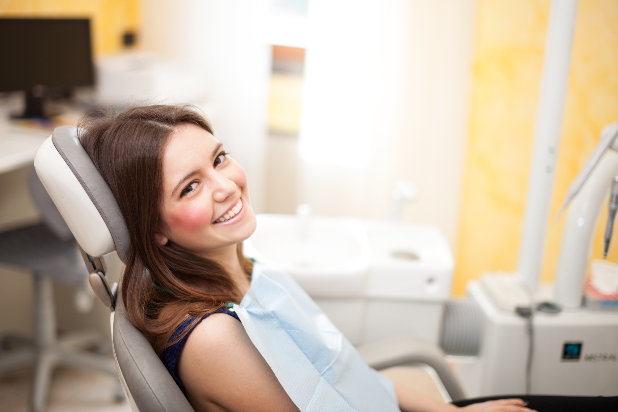 who offers cosmetic dentist miami?
